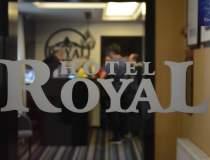 (P) Eveniment la Royal...