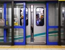 Metrorex monteaza panouri de...