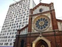 Demolarea Cathedral Plaza,...