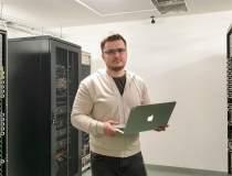 Business de web hosting cu...