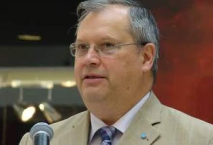 Dumitru Prunariu, membru CA Tarom: Compania risca insolventa fara un management privat