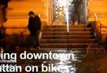 Americanii temerari au filmat de pe bicicleta dezastrul lasat in urma de uraganului Sandy
