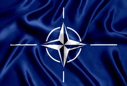 30 de ani de capitalism: 2004, anul in care Romania adera oficial la Alianta Nord-Atlantica (NATO)