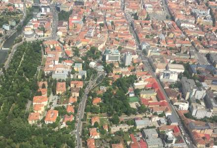 Cum sa reglementam zonele din afara oraselor? Intrebarea administratiei si raspunsurilor arhitectilor si ale expertilor Bancii Mondiale