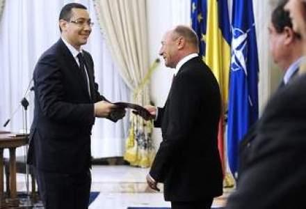 Ponta si Basescu au decis: Privatizarea CFR Marfa si oferta Transgaz sunt amanate
