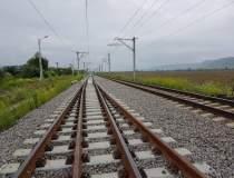 Locomotiva unui tren care...