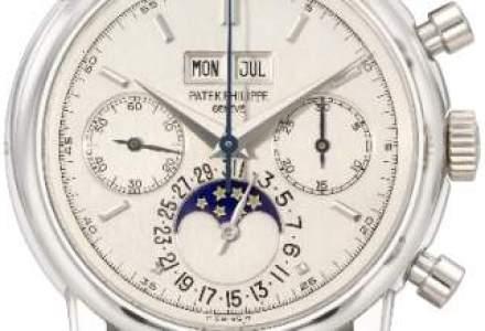 Un ceas de platina al lui Eric Clapton, vandut cu 3,63 mil. dolari