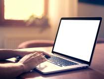 Lichidare de stoc: laptopuri...