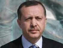 Premierul Turciei acuza...