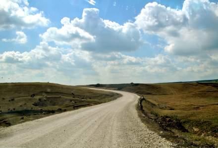 Drumurile din Romania la finalul anului 2018: 33% de pamant si pietruite, in scadere fata de anul anterior