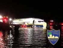 Un Boeing 737 a iesit de pe...