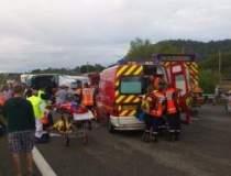 Arges: Trei persoane ranite,...