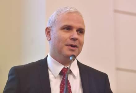 """Adrian Marin, UNSAR: Piata de asigurari a ramas blocata la cuvantul """"potential"""", dar pe CASCO insa baza de masini asigurabile a scazut cu 40% in ultimii 10 ani"""
