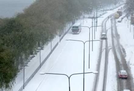Prima autostrada inchisa din cauza zapezii in aceasta iarna