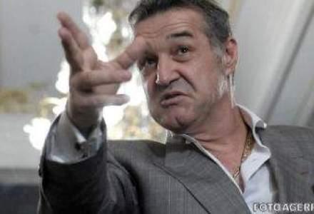 Gigi Becali vrea sa fie presedinte PNL: Daca ramane pe mana lui Tariceanu, se alege praful de partid