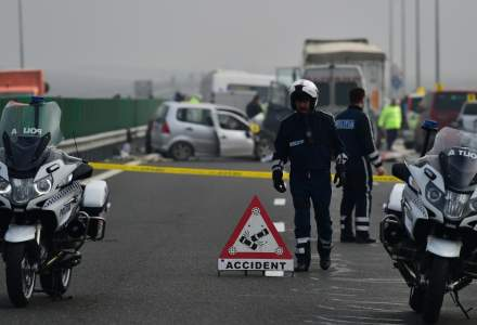 Autostrada Soarelui: circulatia rutiera oprita, in urma unui accident soldat cu un mort si sase raniti, arata Infotrafic
