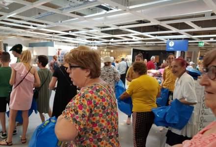 REPORTAJ FOTO: Aplauze, cozi, ministru si bugete de cateva sute de lei la deschiderea IKEA Pallady