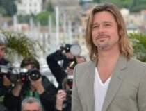 Brad Pitt face reclama pentru...
