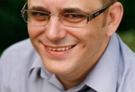 Iulian Comanescu: Mi-ar placea sa vad bloguri bine nisate, informative