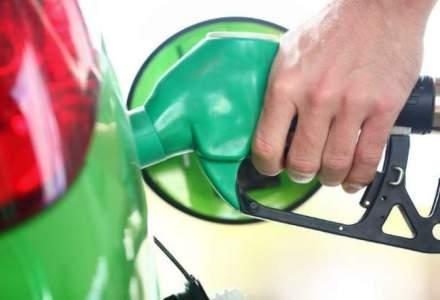 Consiliul Concurentei: Companiile petroliere sa afiseze simultan majorarea preturilor la carburanti