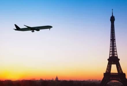 Franta va introduce o ecotaxa pe biletele de avion si vrea sa convinga si alte state europene sa taxeze mai mult calatoriile cu avionul