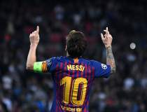 Top 10 echipe de fotbal in...