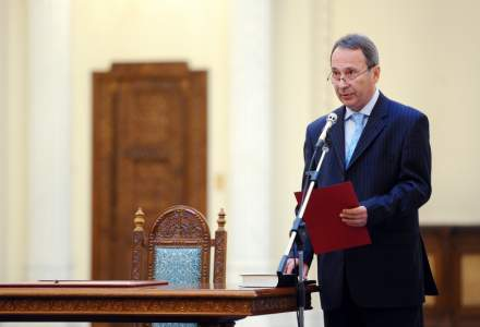 CCR RESPINGE modificarea Constitutiei in sensul interzicerii amnistiei