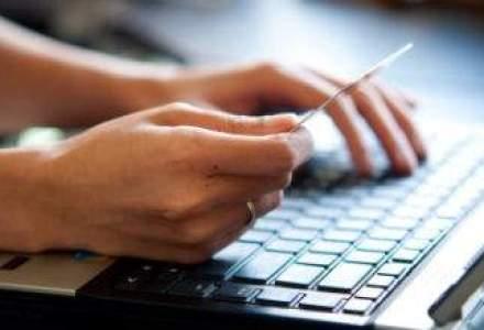 Valoarea achizitiilor online de instrumente de investitii creste lunar cu peste 50%