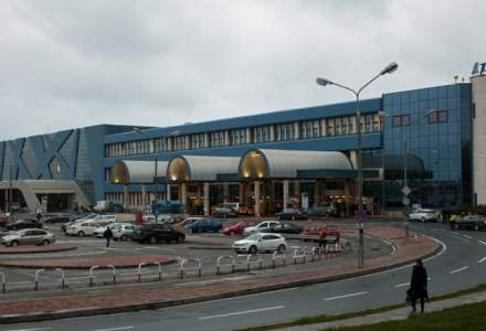 Aglomeratie pe cele doua aeroporturi bucurestene. Numarul pasagerilor, in crestere