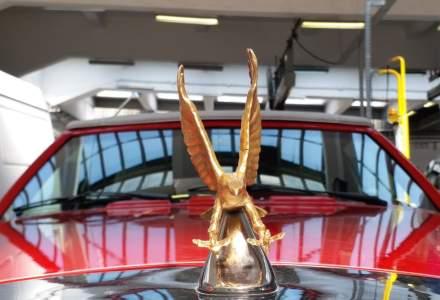 Inca o masina rara a fost inmatriculata in Romania. Apartine unei doamne