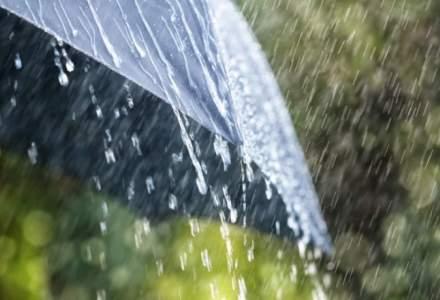 ANM: Cod galben de ploi si vijelii in tara. Care sunt judetele afectate