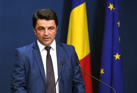 Klaus Iohannis a semnat decretul prin care Daniel Breaz este desemnat ministru interimar al Educatiei