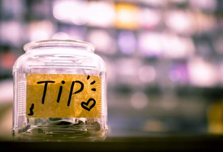HORA: Reglementarea bacsisului ar putea dubla veniturile angajatilor din industria ospitalitatii