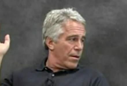 Miliardarul american Jeffrey Epstein, arestat pentru trafic cu minore, s-a sinucis in celula sa