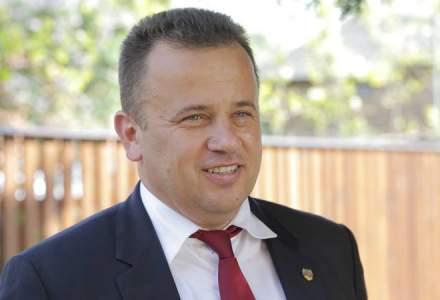 Senatorul PSD Liviu Pop vrea instituirea, pe 10 august, a Zilei Unitatii Civice / Dupa protestul de anul trecut, el i-a aparat pe jandarmi