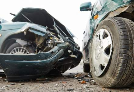 Accident rutier la Valcea cu 21 de persoane implicate. S-a activat Planul Rosu de Interventie