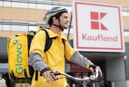 Kaufland Romania lanseaza serviciul de livrari rapide la domiciliu printr-un parteneriat cu Glovo