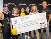 Metallica doneaza 250.000 de...