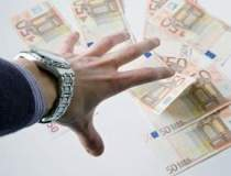 Aici sunt banii...