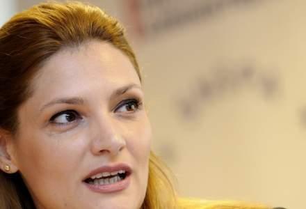 Ministrul Afacerilor Externe, Ramona Manescu, a demisionat din ALDE. E posibil sa se inscrie in PSD