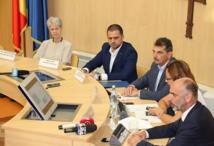 Ministrul Turismului a semnat contractul de finantare pentru constructia bazei Salvamont de la Paltinis