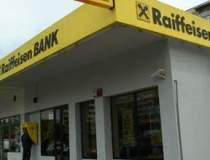 Clientii Raiffeisen Bank au...
