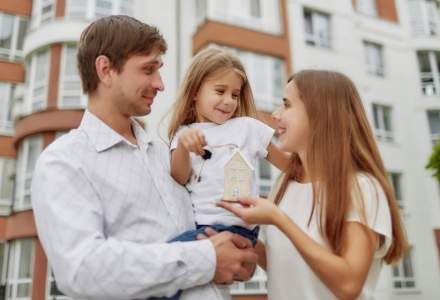 """Prima casa"" sau ""O familie, o casa""? Sa iei credit acum, sau nu?"