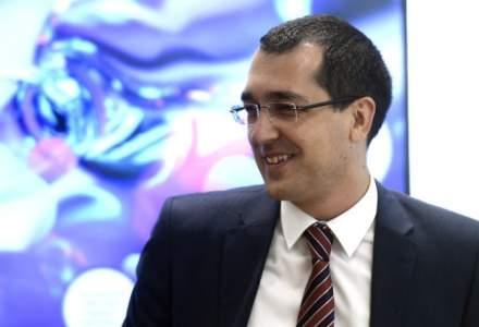 Vlad Voiculescu despre spitalele regionale: Oare asa au promis? 7 ani? Pintea ne vorbeste despre spitalele regionale mintind diferit