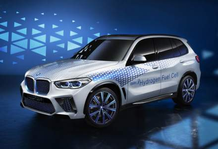 BMW prezinta la Frankfurt un X5 adaptat la pile de combustie pe hidrogen. Prototipul anunta un model in serie limitata programat pentru 2022