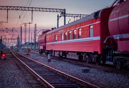 Incendiu la un tren de calatori in Timis. Locomotiva a luat foc