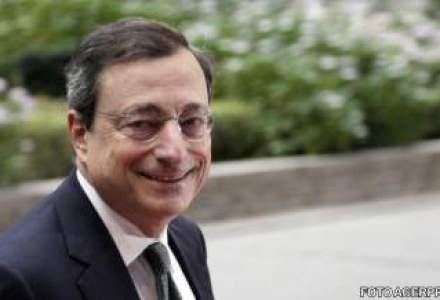 Presedintele BCE a incasat 374.000 euro in 2012, de doua ori mai mult seful FED
