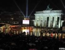 Zidul Berlinului risca sa...