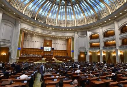 Motiunea de cenzura va fi votata sambata, de la 11:00