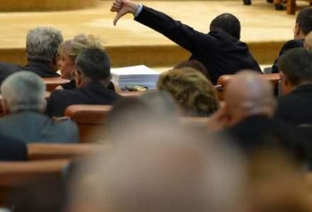 Parlament: Motiunea de cenzura pentru demiterea Guvernului va fi citita joi in plenul reunit